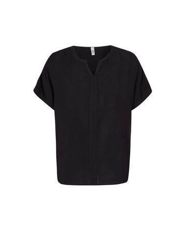 Viskose-bluse Radia 9 fra Soyaconcept her i  klassisk sort