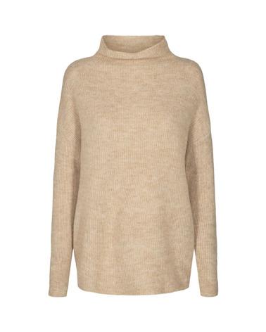 Soyaconcept Nessie 16 Pullover. Find sandfarvet Pullover fra Soyaconcept. Her set forfra.