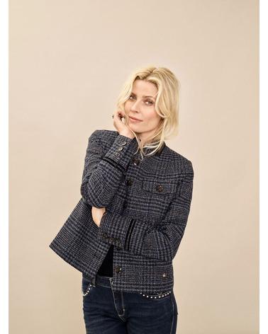 Mos Mosh Selby Boucle Jacket. Lækker jakke fra Mos Mosh i det flotteste ternede print. Her set på model.